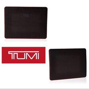 Tumi laptop slim cover magnetic sleeve